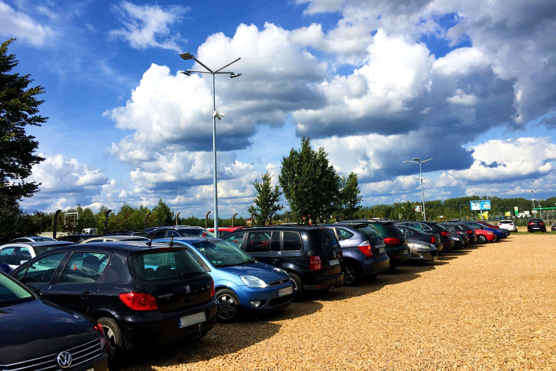 Parking lotnisko Katowice - 2